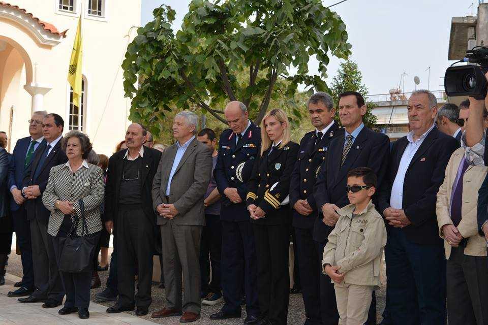Η εικόνα ίσως περιέχει: 11 άτομα, άτομα στέκονται και υπαίθριες δραστηριότητες