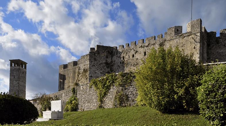 Κάστρο Άρτας –  Το αντιπροσωπευτικό δείγμα της κοσμικής αρχιτεκτονικής των βυζαντινών χρόνων (Βίντεο)